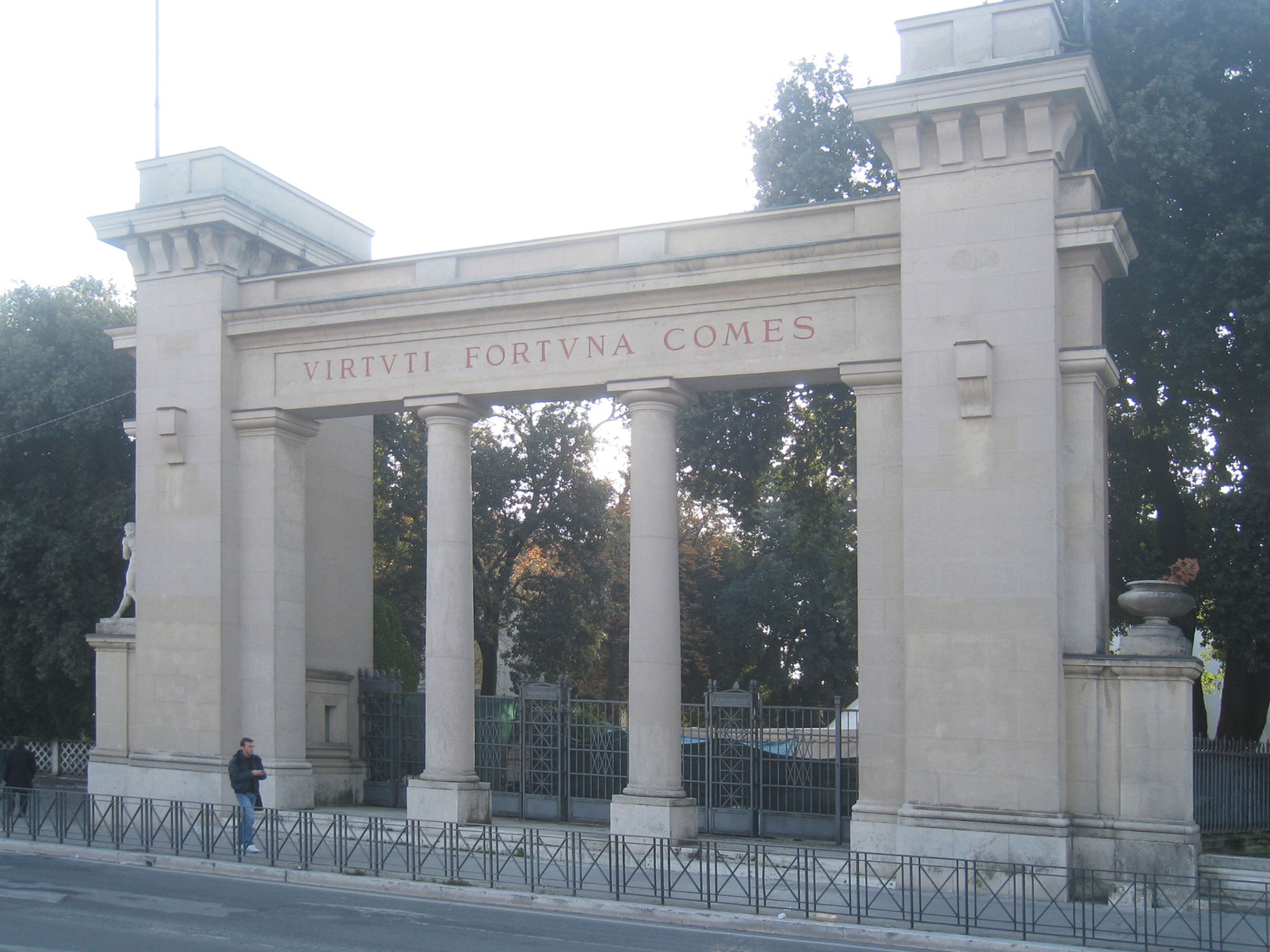 Porta-Romana-2